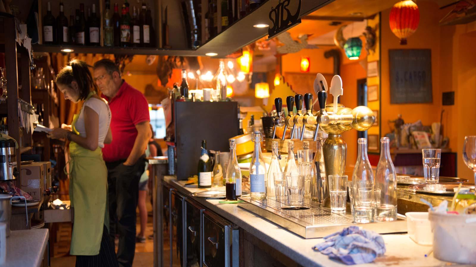 Oiseau Sur Sa Branche Restaurant Lyon